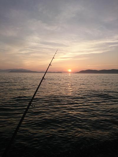 おっさん 海でも釣る^^