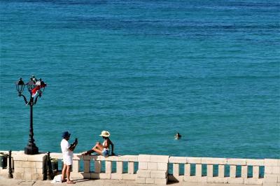 魅惑のシチリア×プーリア♪ Vol.674 ☆オートラント:「パラッツォ・パパレオ」ジュニアスイートルームから青い海の風景♪