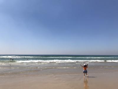 子連れ(6歳)でGo~ゴールドコーストのメインビーチとカフェ、あとは買い物
