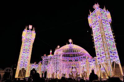 魅惑のシチリア×プーリア♪ Vol.678 ☆スコッラーノ:美しいルミナリエ祭り 煌めくパビリオン♪