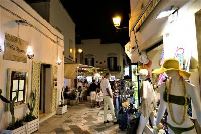 魅惑のシチリア×プーリア♪ Vol.681 ☆オートラント:深夜までに賑わう旧市街♪
