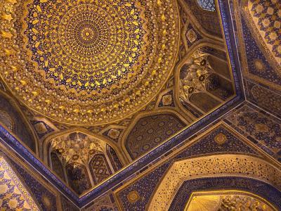 蒼の世界に浸るウズベキスタンの旅  6日目の3 レギスタン広場、グルエミル廟