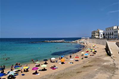 魅惑のシチリア×プーリア♪ Vol.697 ☆ガッリーポリ:夏の美しいプリータ・ビーチ♪