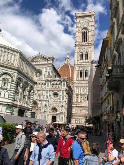 今日はサンマリノ共和国からフィレンツェへ
