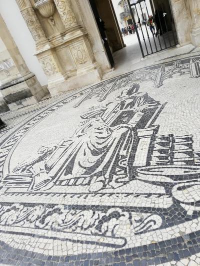 なぜかハノイ経由で、リスボン・パリの旅 (4)コインブラ街歩き