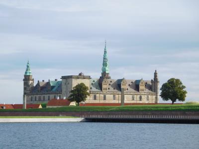 大自然の絶景に出会う!アイスランド周遊ドライブの旅(その10)~クロンボー城~
