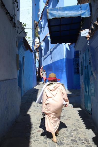 深夜のリヤドに着いたド!こわいド!そしてブルー祭りのシャウエンへ!~モロッコ前編~