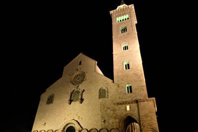 魅惑のシチリア×プーリア♪ Vol.766 ☆トラーニ:夜景の美しいトラーニ城と大聖堂♪