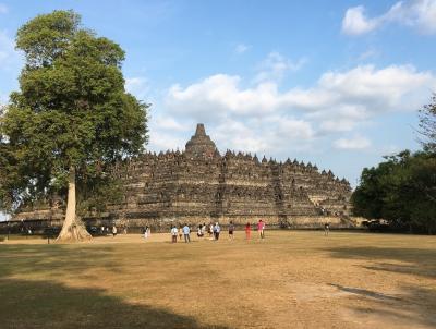インドネシア旅行3日目:王宮~タマンサリ~ボロブドゥール遺跡