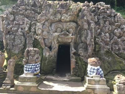 インドネシア旅行7日目:ゴアガジャ~ライステラス~スパ~宮殿のショー