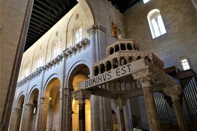 魅惑のシチリア×プーリア♪ Vol.788 ☆ルーヴォ・ディ・プーリア大聖堂:二重構造とビザンチン時代のモザイク画♪