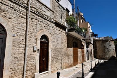 魅惑のシチリア×プーリア♪ Vol.794 ☆ルーヴォ・ディ・プーリア旧市街を囲む城壁♪