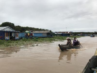 @カンボジア 水上にある村とカンボジアグルメ