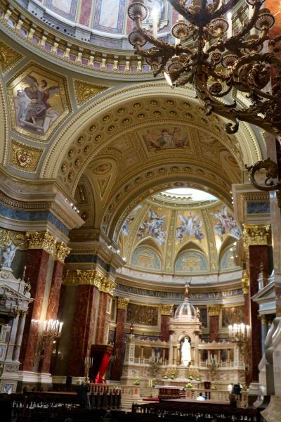 ブタペスト day4-1 聖イシュトバーン大聖堂と郵便ポスト
