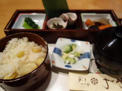 今年も来ました中津川。栗おこわを食べに。おいしいんだなぁ,これが。