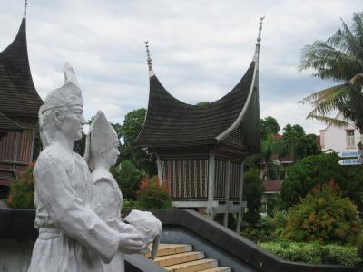 パダン逍遥(2019年3月インドネシア)~その1:街歩き