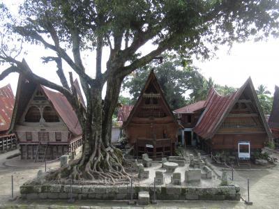 インドネシア スマトラ島 トバ湖