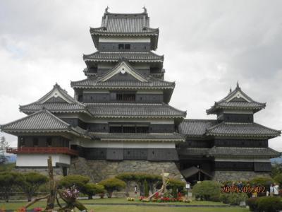 松本城天守閣へ