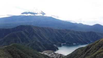 秋の富士五湖周辺を歩く
