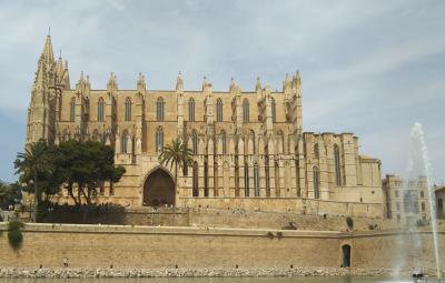 シニア夫婦で地中海クルーズ+ローマ、バルセロナの旅 18日間 no10 マヨルカ島の街歩き