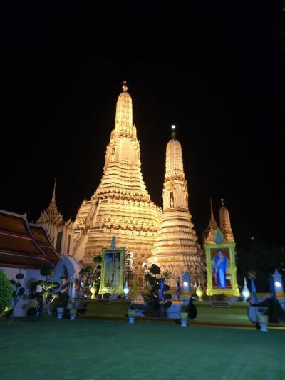 夜のワットアルン(バンコク三大寺院ライトアップ)