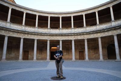 夏旅スペイン、アンダルシア地方まで南下。アルアンブラ宮殿特別夜間貸切入場