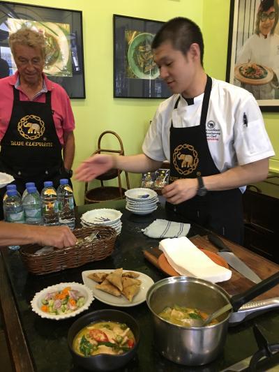 家族で高級タイ料理店での料理教室へGO!Blue Elephant Restaurant《バンコク》