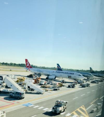 ボローニャ→イスタンブール→バンコク→香港→上海移動