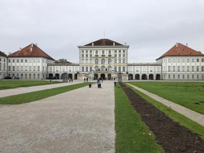 ミュンヘン最終日の観光はニュンフェンブルク城で。