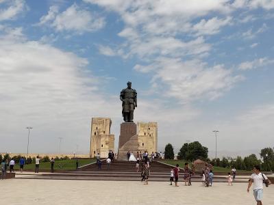 ウズベキスタン6 - サマルカンド、シャフリサーブス