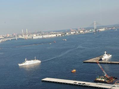 横浜新名所のハンマーヘッドとインターコンチの驊騮でランチ