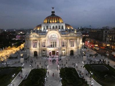 メキシコシティ ベジャス・アルテス宮殿(Palacio de Bellas Artes, Ciudad de Mexico, Mexico)