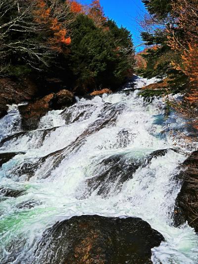 奥日光-3 竜頭の滝a ≪滝上≫-渓流瀑-伴にくだり ☆見どころ(龍雲滝)に納得し