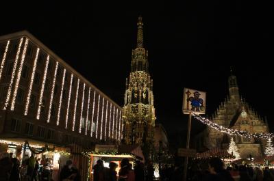 ドイツ・フランス、クリスマスマーケットを巡る  ~1日目 ニュルンベルクで美味しいソーセージを~