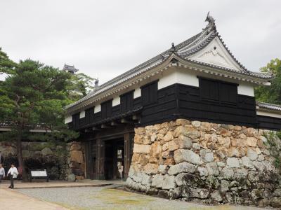 秋のおいしい出張 第2弾 最終日 高知城・土佐神社・かつおの藁焼き体験 4トラ日本地図塗りつぶし完了