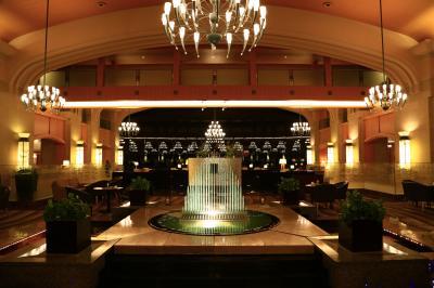 久しぶりの北海道秋旅行 (4) ウィンザーホテルでのティータイムと洞爺湖花火