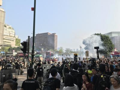 香港デモ最前線で催涙ガスを吸ってきた