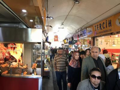 イスタンブール アジア側で地元民の気分に浸る