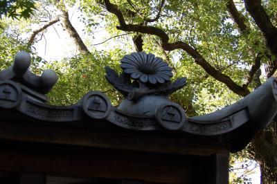 西明寺の飾り瓦と御所・皇居の飾り瓦