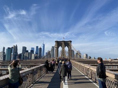 パーラメントのCMを想い出すブルックリン橋はブルックリン側からマンハッタン側へ