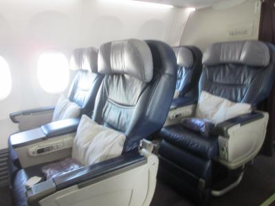 マレーシア航空 ビジネスクラスでクアラルンプールからプノンペン