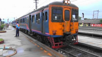 日本で50年前に製造 日本国鉄キハ20ソックリさん 君に?会う?ためだけに、タイ東北部への鉄旅