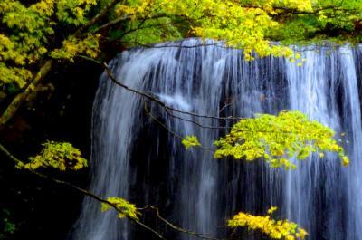 台風19号一過。裏磐梯から磐梯吾妻「紅葉の水景色」めぐり。そして天空の宿。