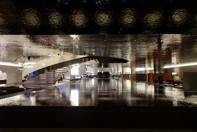 【フライト編④】カタール航空ラウンジ&ドーハ→リスボンへB787に搭乗 ~ワンワールド世界一周航空券で2ヶ月の旅