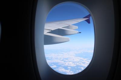 バンコクの休日、復路フライト、お土産編。TG676、BKK→NRT、A380普通席。
