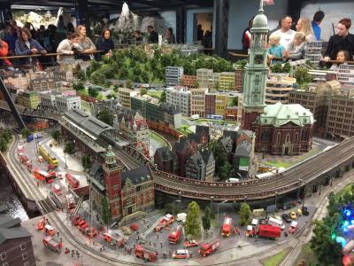 ドイツ ハンブルグ ミニュチュアワンダーランド Miniatur Wunderland ニベア本店