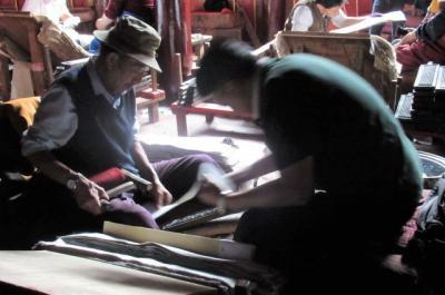 2019夏、東チベット(12)徳格印経院と更慶寺デルゲ・ゴンチャンの見学