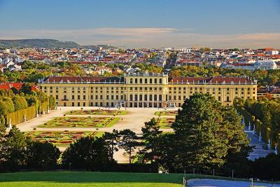 秋のウィーン・パリ旅行(4)4日目ーシェーンブルン宮殿庭園・美術史美術館・パリへ移動ー