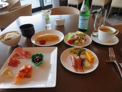 ホテルライフを楽しむ沖縄(9)ハレクラニ沖縄クラブラウンジの優雅な朝食