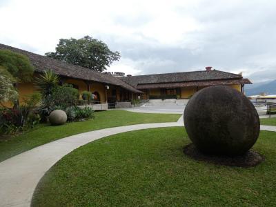 コスタリカ サンホセ観光(Museo Nacional & Museo de Jade, San Jose, Costa Rica)